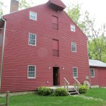 Front view of Grinnell Mill Bed & Breakfast in Yellow Springs
